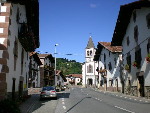 Oronoz-Mugaire