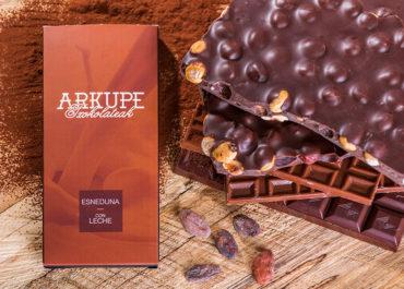 Pastelería Arkupe, elaboración del chocolate