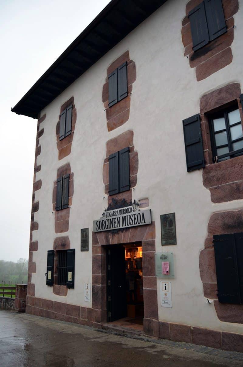 museo-de-las-brujas4-800x1208