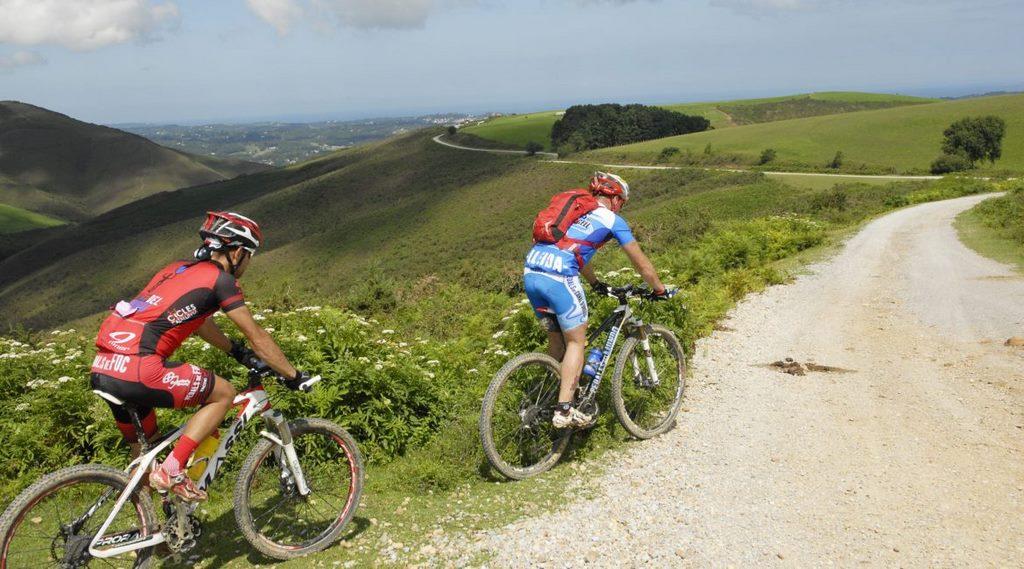 Bidasoako Pedalak, ruta en bicicleta.  190km para pedalear por Baztan-Bidasoa (Navarra)