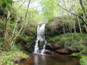 Cascada cerca de la Peñas de Itsusi (Baztan). Foto cedida por Casa Rural Istarbey